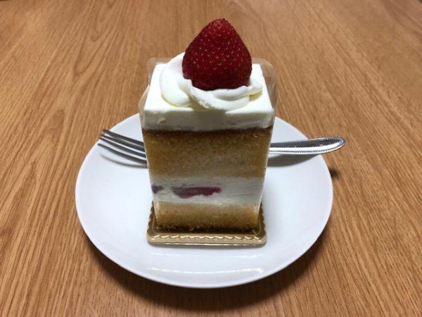 カステラのショートケーキ